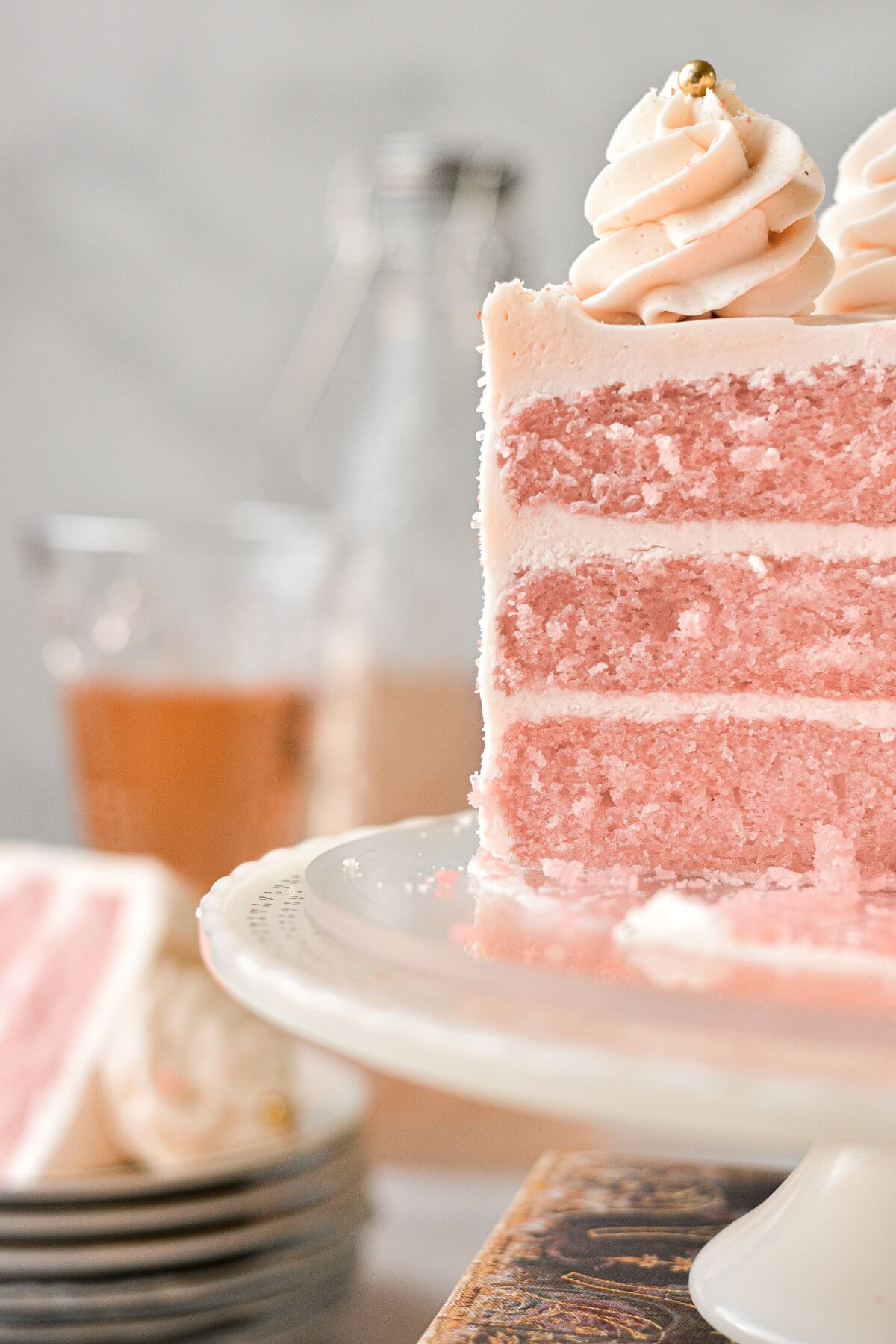 A view of the inside of a pink champagne cake.