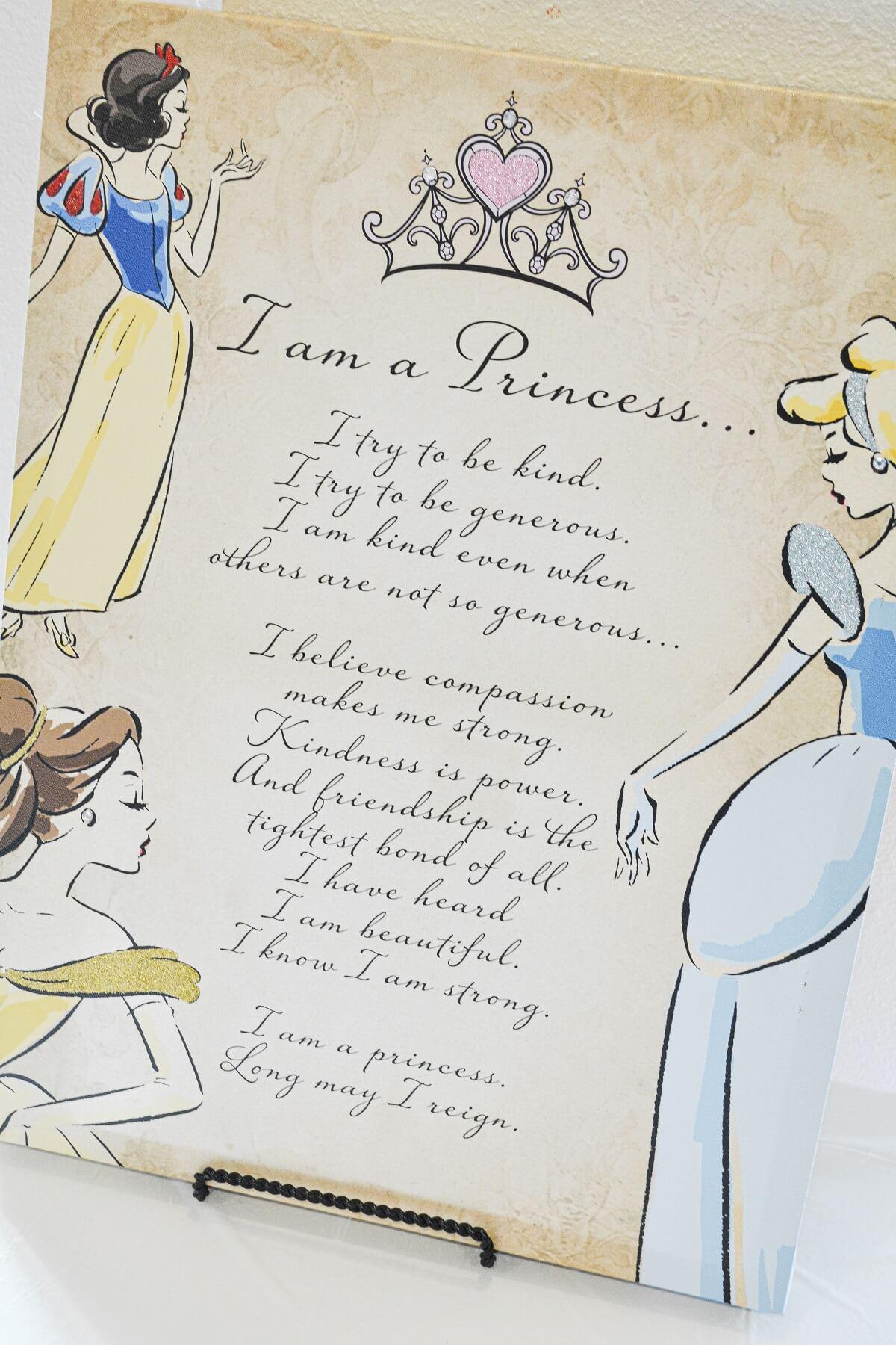 "An ""I am a Princess"" sign on an easil."