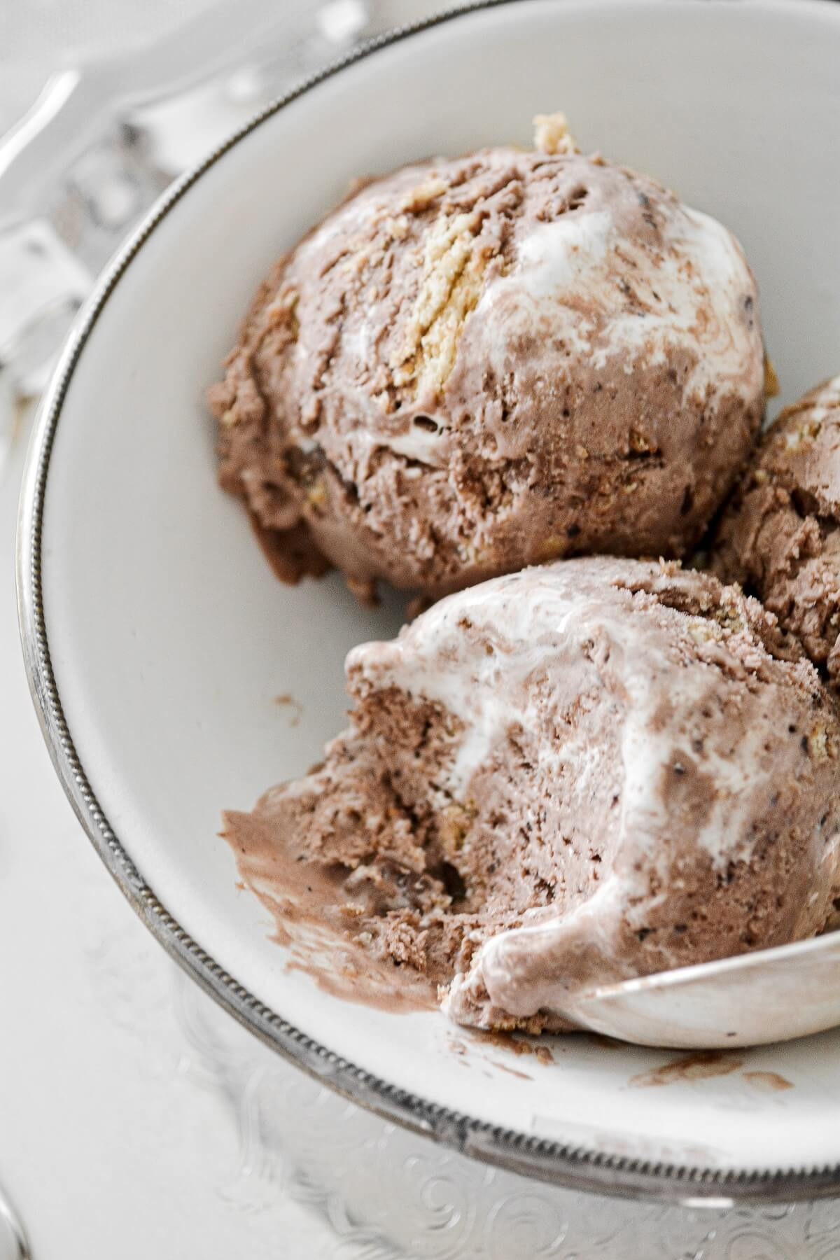 Scoops of no churn s'mores ice cream.
