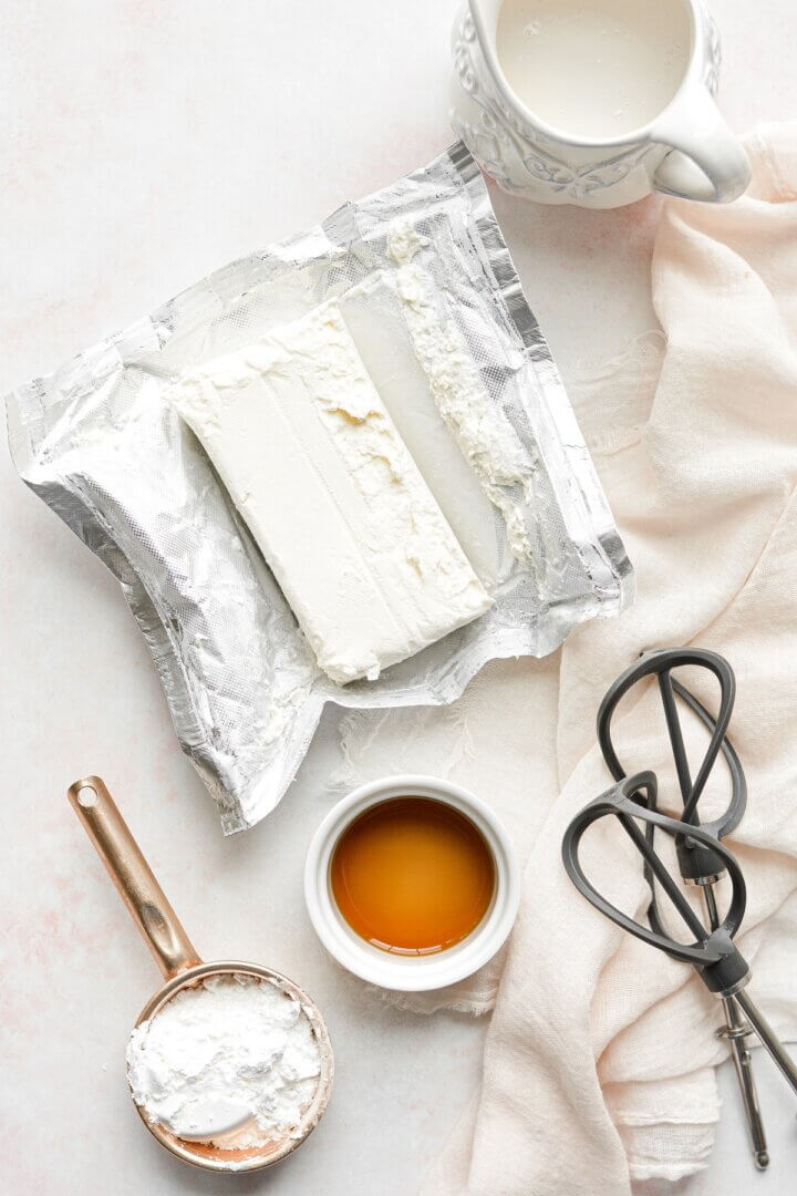 Ingredients for whipped cream cheese filling.
