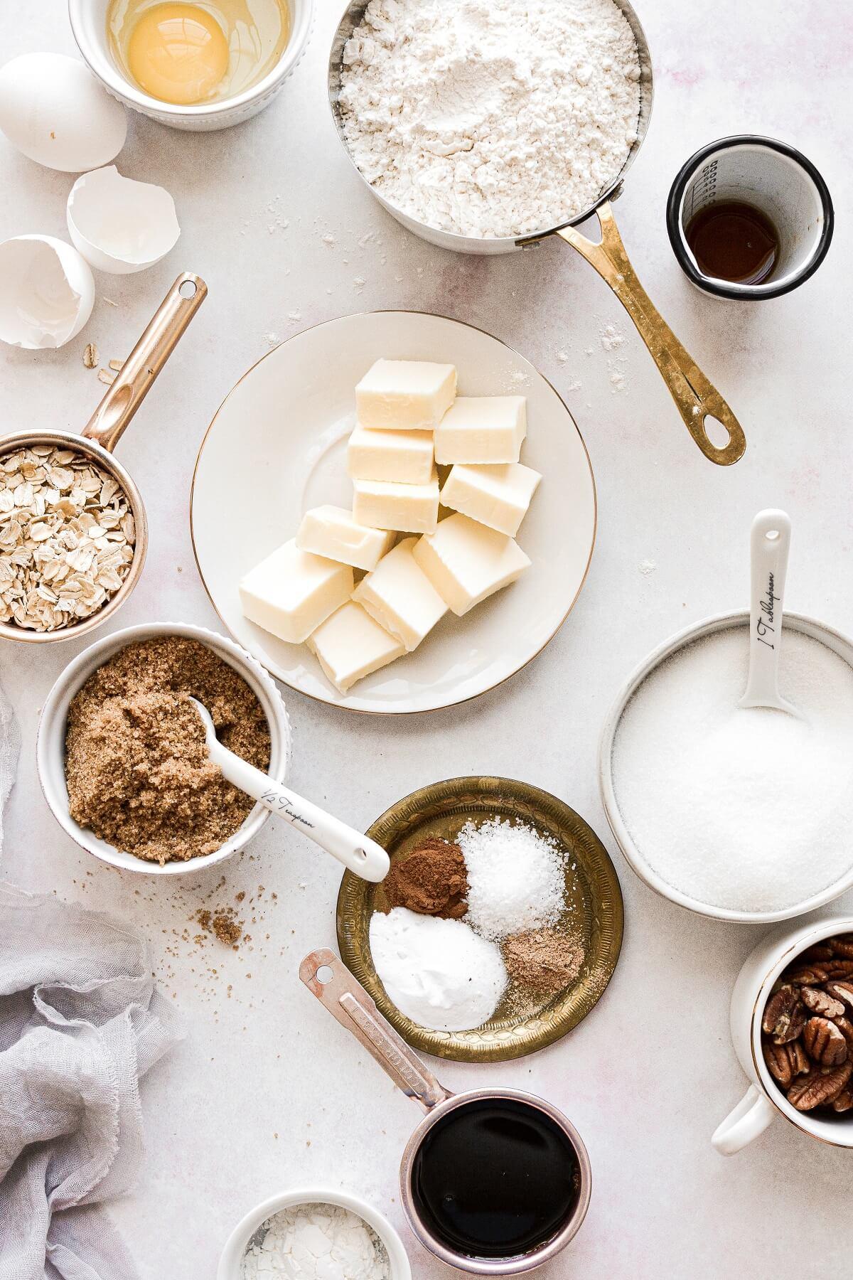 Ingredients for making appledoodles.