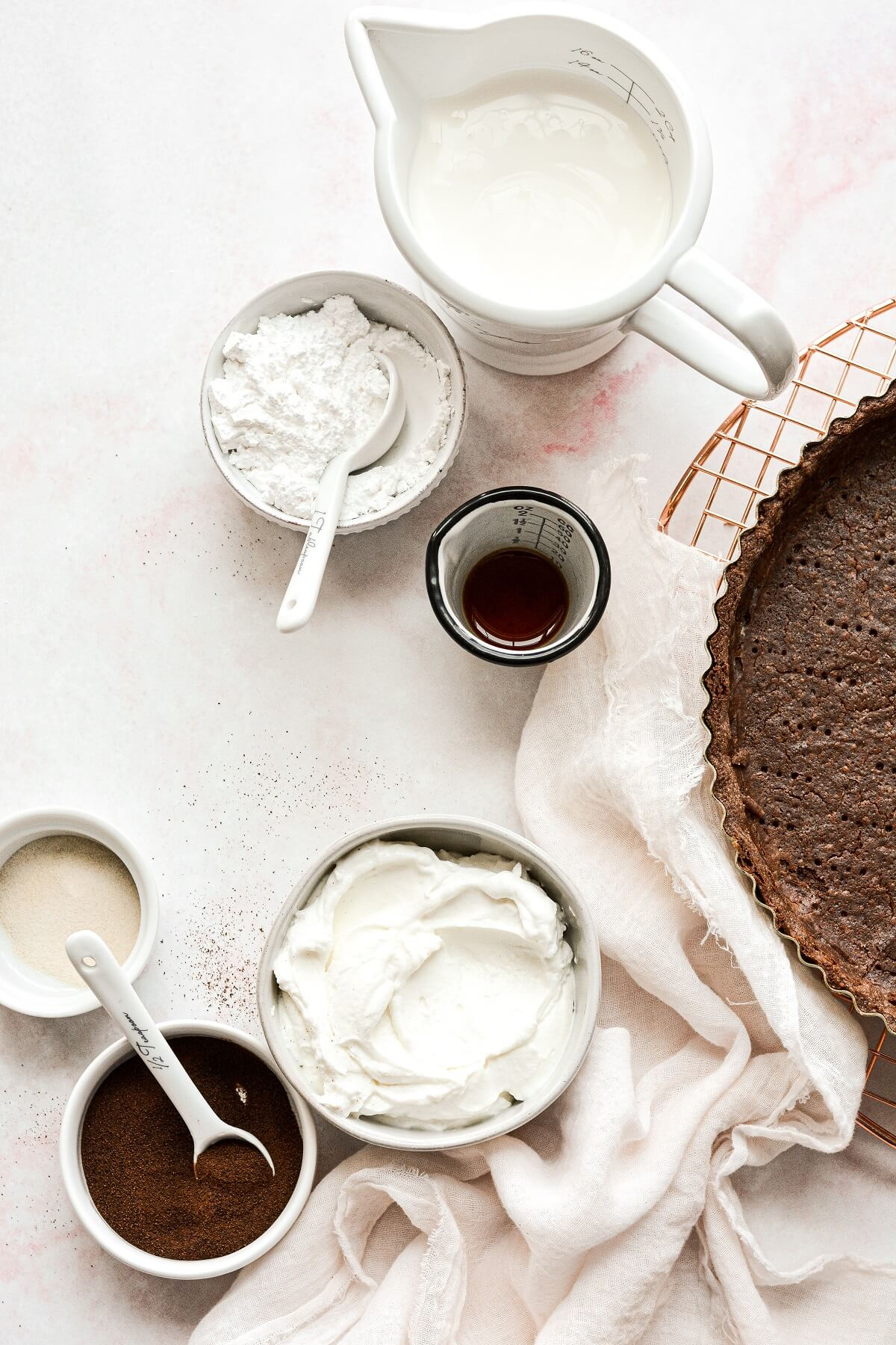 Ingredients for a coffee cream tart.