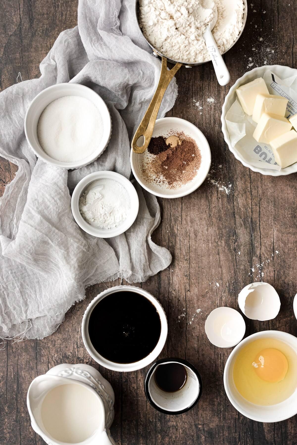 Ingredients for making apple cider pancakes.